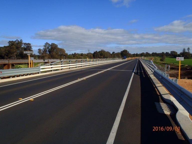 foto-1-australia-bridgedrainage.jpg