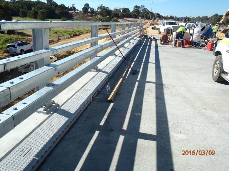 foto-13-australia-bridgedrainage.jpg