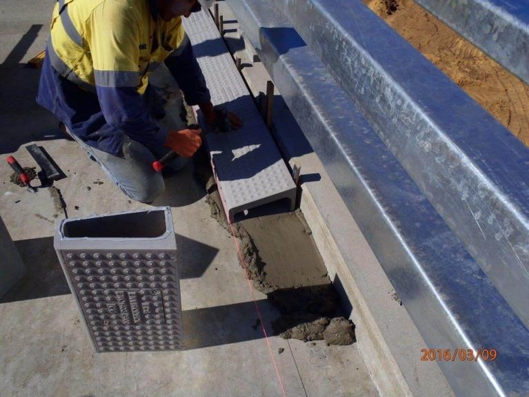 foto-10-australia-bridgedrainage.jpg