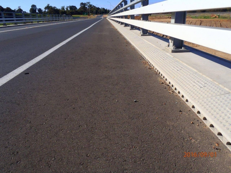 foto-14-australia-bridgedrainage.jpg