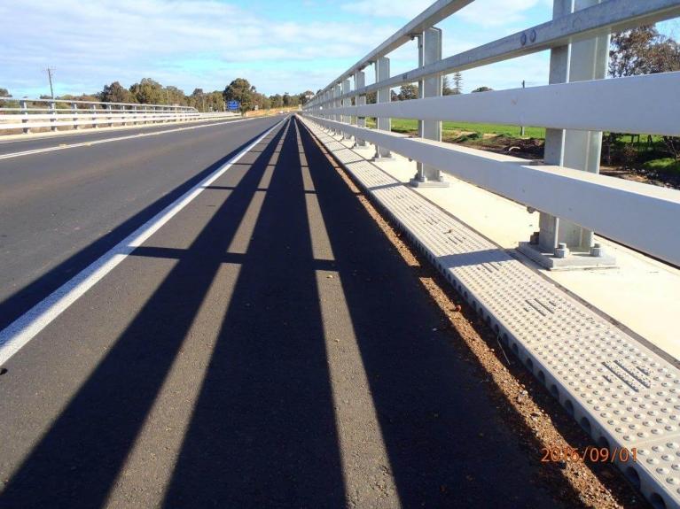foto-9-australia-bridgedrainage.jpg